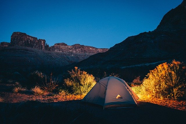Pop up tent in the moutains
